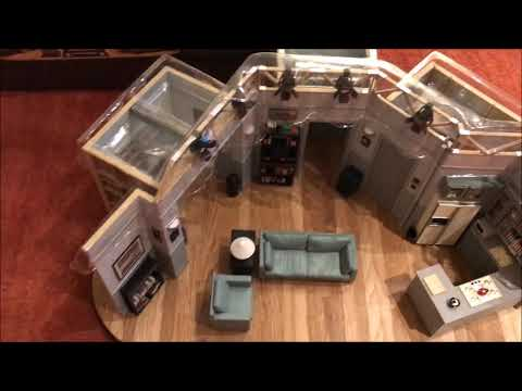 Seinfeld Apartment Replica Set Unboxing & Review - YouTube