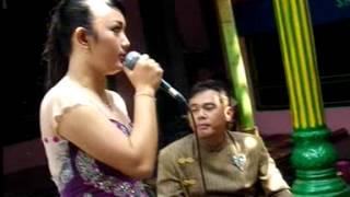 "Video Candu Iromo New "" BUNGA "" LIVE Karangpelem Kedawung download MP3, 3GP, MP4, WEBM, AVI, FLV Mei 2018"