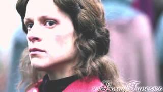 Margaret of Anjou // Shake It Out Thumbnail