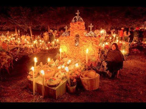 El Día De Los Muertos En PATZCUARO