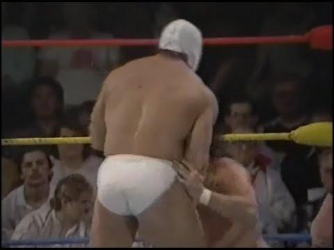 Ver Video de Arcángel Arc Angel vs Vinnie Valentino, Stampede Wrestling