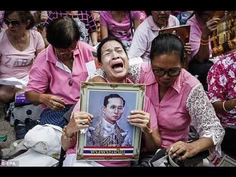 ภาพคนไทยร้องไห้เพราะรักในหลวง