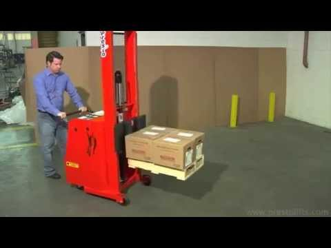 Presto Lifts Counterweight Stacker