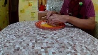 Как кормить грудных котят (скобленка, молочная смесь, желток яйца)
