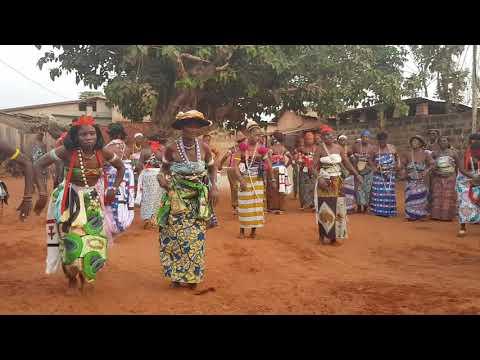 togo lomé travel village ceremony