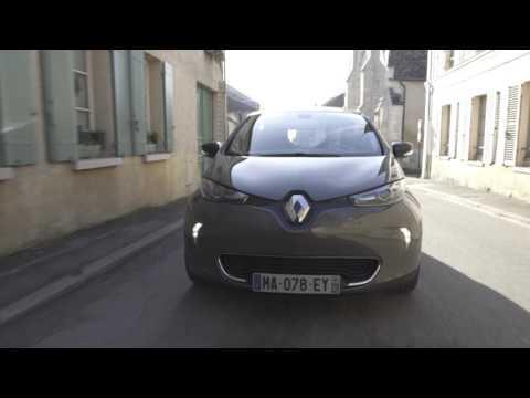 Renault #SOSBATTERY : Avec Renault ZE, Noël c'est mieux quand c'est électrique !