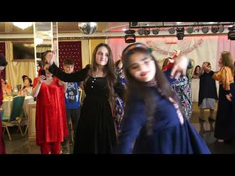 ПАМИРСКАЯ СВАДЬБА ....Красивая девушка зажигательно танцует