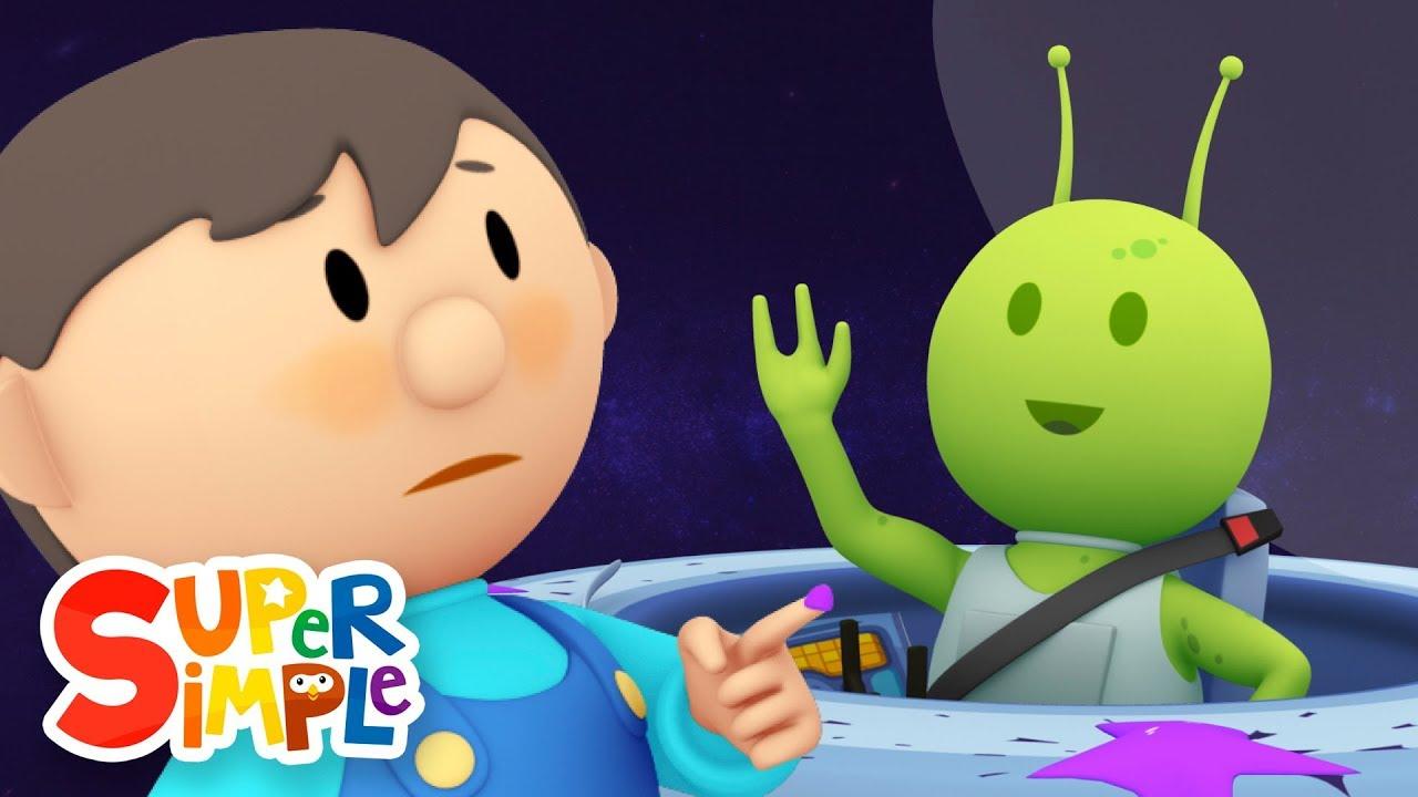 sparky u0027s spaceship goes through the car wash cartoon for kids