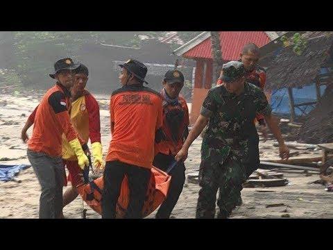 Mabes Polri Kerahkan 1.500 Personel untuk Mengevakuasi Korban Tsunami Banten dan Lampung - 동영상