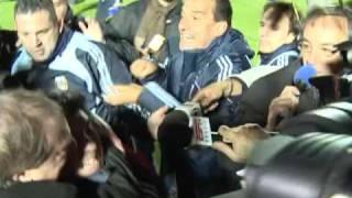 TV AZTECA DEPORTES EN SUDAMERICA MARADONA DECLARACIONES POLEMICAS 16 10 09