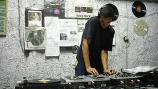 DJ Klauss - Curso de DJ - Raposo Tavares km 15 - Video DJ
