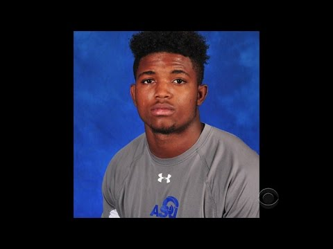 Texas football player police shooting investigation gets FBI help