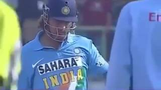 MSD killed Pakistani baller with his helicopter Short