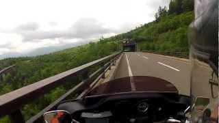 北海道ツーリング、三国峠の松見橋を見る