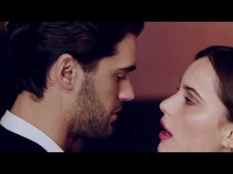 laura mercier velour lovers lipstick french kiss youtube. Black Bedroom Furniture Sets. Home Design Ideas