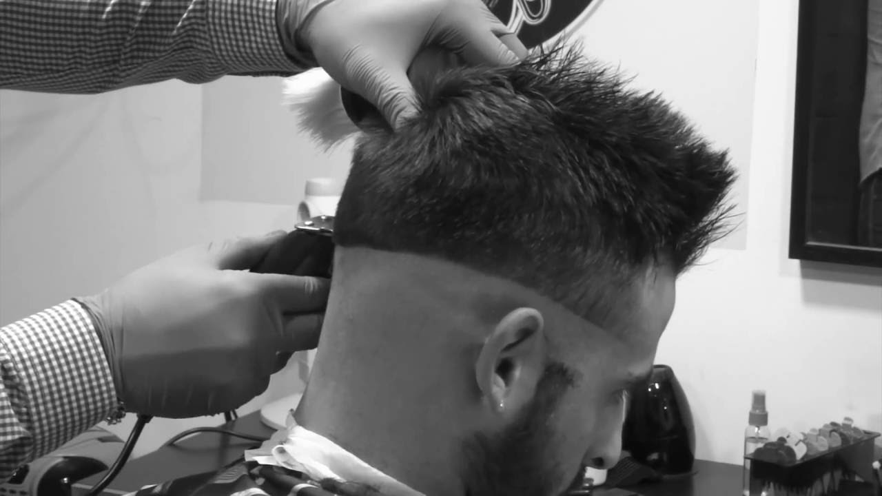 cosa nostra the barbershop tutoriel haircut fade men degrade a blanc coupe homme youtube. Black Bedroom Furniture Sets. Home Design Ideas
