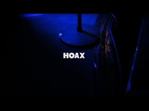 """Miss Parker """"Hoax"""" live by Stéphane Esse (Poste à Galène/Marseille)"""