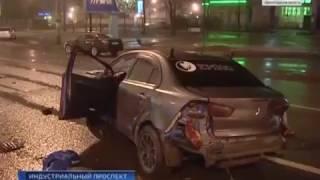 Авария. ДТП в Санкт-Петербурге. Погиб один человек.(, 2017-02-04T16:55:15.000Z)