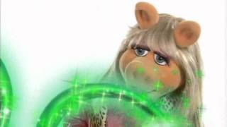 Disney Channel Russia - Miss Piggy - You