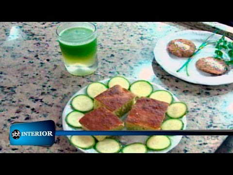 Adultos, jovens e crianças aprendem a cozinhar de forma saudável
