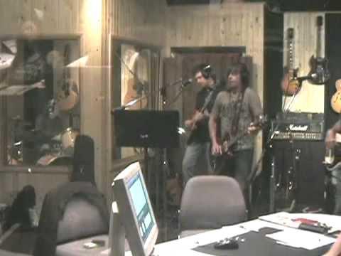 "PatTravers Band - ""Crash and Burn"" live on Rockline"