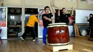 shidara demonstrates the song raku (composed by artistic director c...