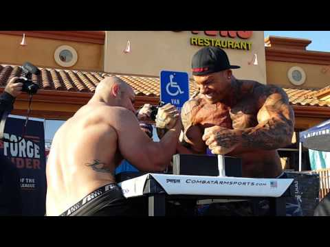 Chris Chandler vs Mike Ayello @ WAL Armwrestling Riverside 2016