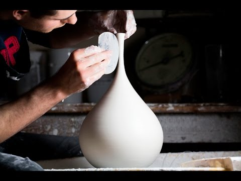 Throwing a Tall Long - Necked Vase - Matt Horne Pottery