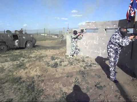 Paintball madrid escenario bunkers navalcarnero youtube for Action live paintball madrid oficinas