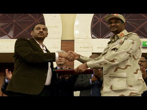 السودان: تباين ردود الفعل حول الاتفاق الموقع بين قادة الاحتجاج والمجلس العسكري