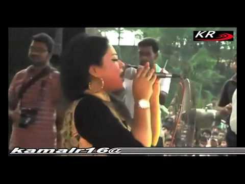 Doly sayantoni bangla new live concert 2016 - Tomar mone naire bondhu