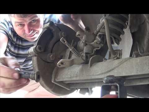 Внеплановый ремонт заднего тормозного суппорта и замена колодок