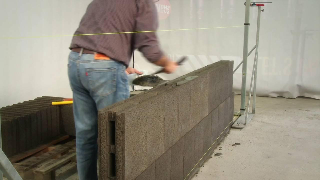 construction ma onnerie mur bloc besto dosage mortier roosens b tons youtube. Black Bedroom Furniture Sets. Home Design Ideas