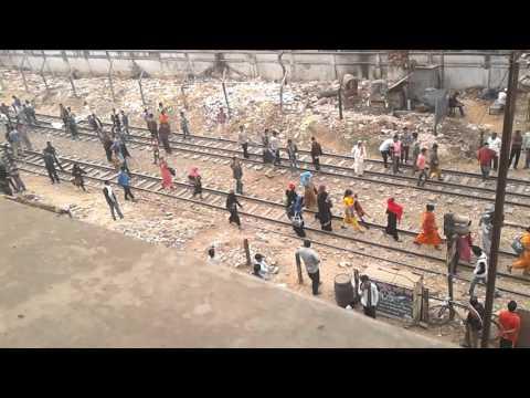 ঢাকা(কাকলী) আবাসিক হোটেল এ অবৈধ যৌন ব্যবসার চিত্র