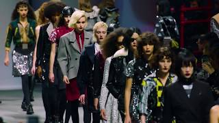 Louis Vuitton Fall-Winter 2019 Fashion Show Finale thumbnail