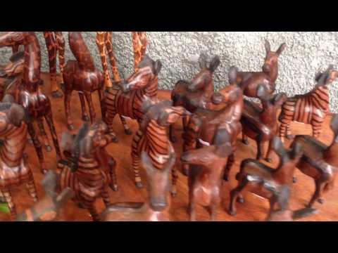 L'art  africain et son langage métaphysique . Atelier Pierre Mutanga à kinshasa