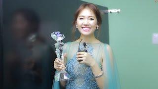 Hari Won - News - Zing Music Space 2016 - Trả lời phỏng vấn sau khi nhận giải thưởng