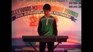 bollywood music academy jalandhar award 2012 may hu na kashish sabarwal.mp4