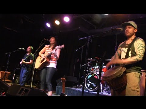 ANUHEA - Only Man In The World - Soundcheck Session @ The Walnut Room