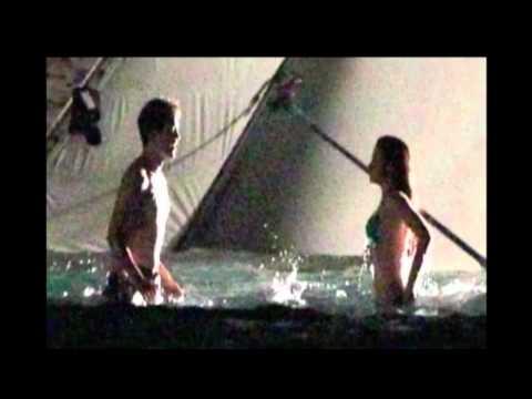 Robert Pattinson & Kristen Stewart Keep Kissing on BD Set - St. Thomas