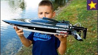 игрушки на воде Быстрая лодка на радиоуправлении из Китая RC Fast Boat