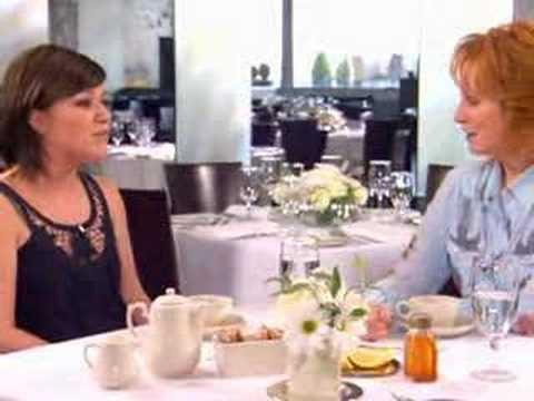 Kelly Clarkson and Reba Crossroads