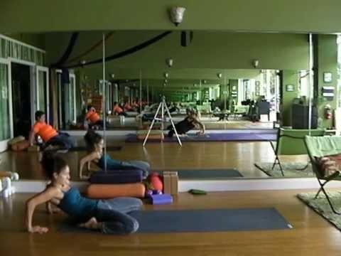 Emily Sabo's 6-7-2014 Yoga Class, Indialantic, FL (DEEP STRETCHES for hips, quads, psoas)