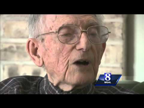 World War II Prisoner of War shares story of survival