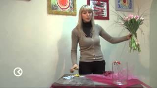 Цветочная композиция своими руками(Классное видео по которому можно легко научиться делать цветочную композицию (букет) самому не будучи флор..., 2014-01-25T10:44:17.000Z)