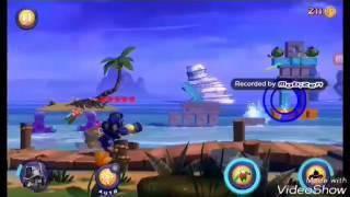 Angry Birds Transformers: Chef Pig as Soundwave