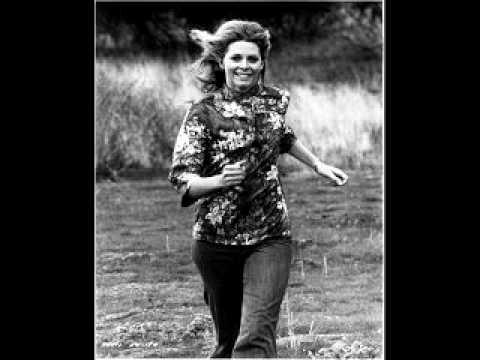 LINDSAY WAGNER -The Original Bionic Woman