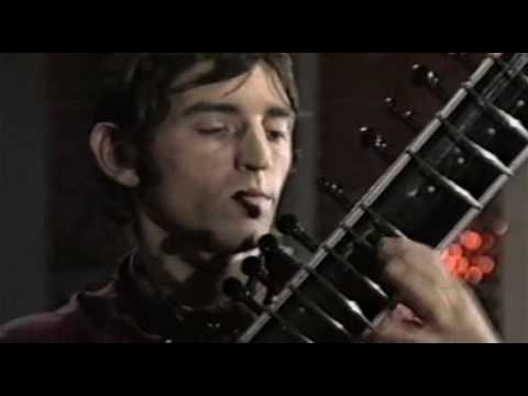 Incredible String Band - The Half-Remarkable Question