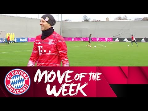 Manuel Neuer Scores an Absolute Screamer in Training! | FC Bayern Move of the Week