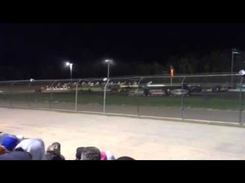 Shane Stewart-Kerry Madsen crash at Rolling Wheels